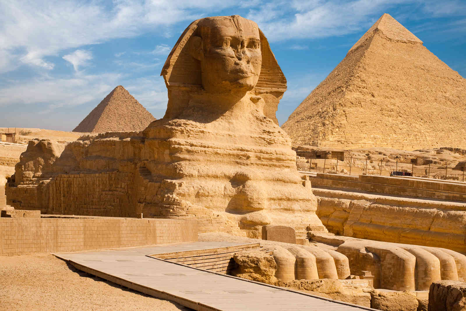 sphynx_and_great_pyramid_of_giza